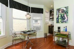Pine St. studio with tiniest kitchen ever lists for $395K - Photo