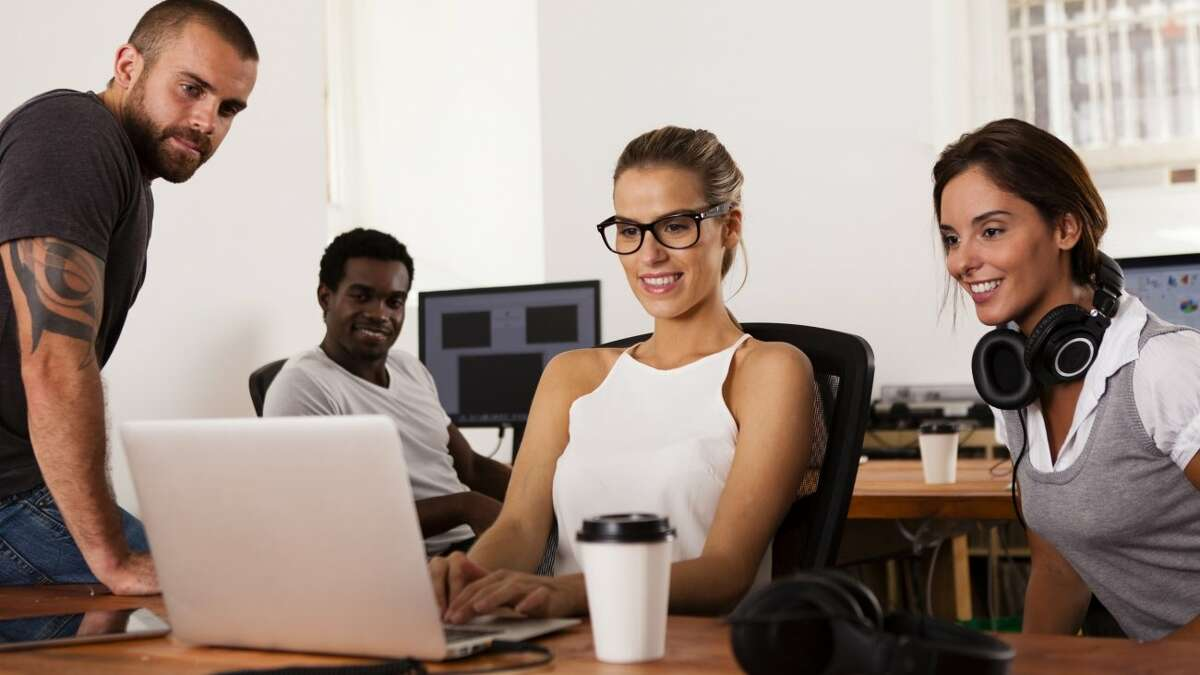 Best jobs for millennials U.S. News and World Report has released its list of the best jobs for millennials in 2017. Jobs in the fields of finance, computers, engineering and medical yield the best salaries, work-life balance and stress levels for workers between the ages of 20 and 34.See which jobs are ranked as the best for millennials in the gallery ahead.
