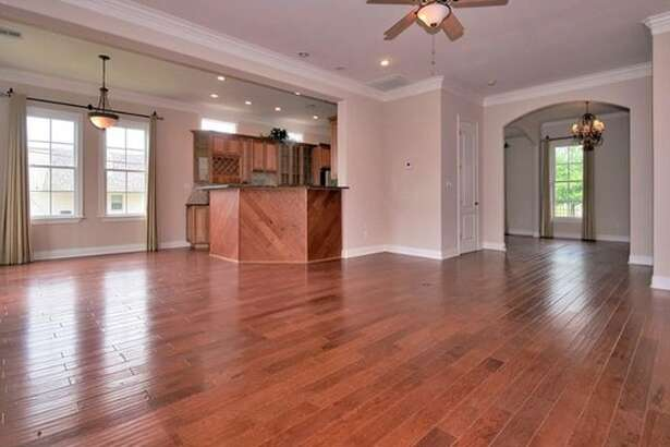 6032 Pontchartrain Blvd, New Orleans, La. This three-bedroom, three-bathroom home in New Orleans' West End district is listed at $475,000. Source: Zillow