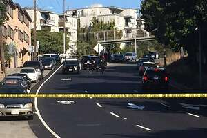 Oakland cop shoots suspect dead after being attacked with chain - Photo