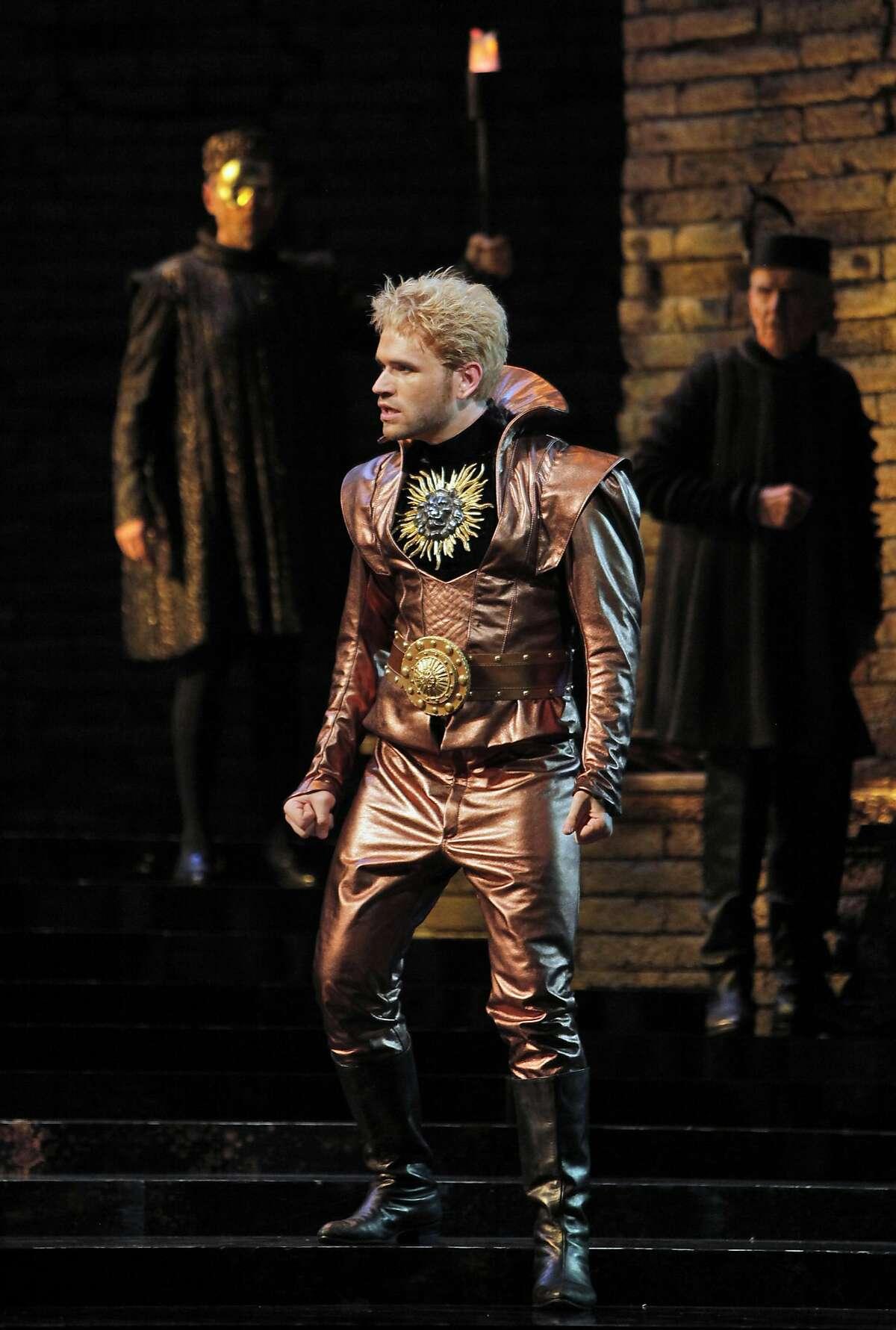 """Michael Fabiano (Gennaro) in San Francisco Opera's 2011 production of """"Lucrezia Borgia."""""""