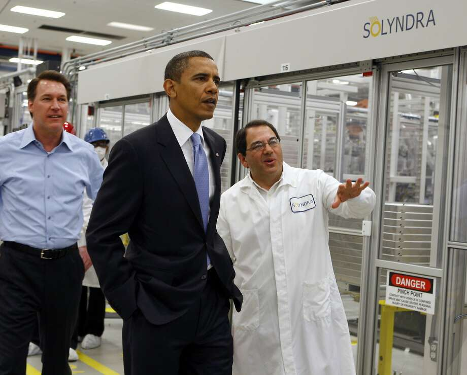 President Obama tours the Solyndra factory in 2010 with CEO Chris Gronet (left) and Executive Vice President Ben Bierman. Photo: Paul Chinn, Associated Press