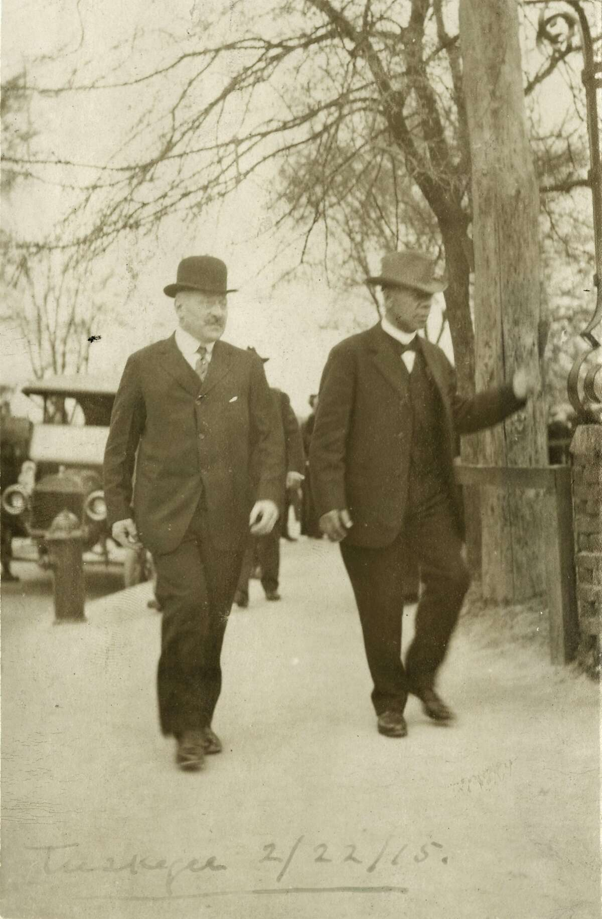 Julius Rosenwald and Booker T. Washington, Tuskegee Institute, 1915. (Photo courtesy Special Collections Research Center, University of Chicago Library/TNS)