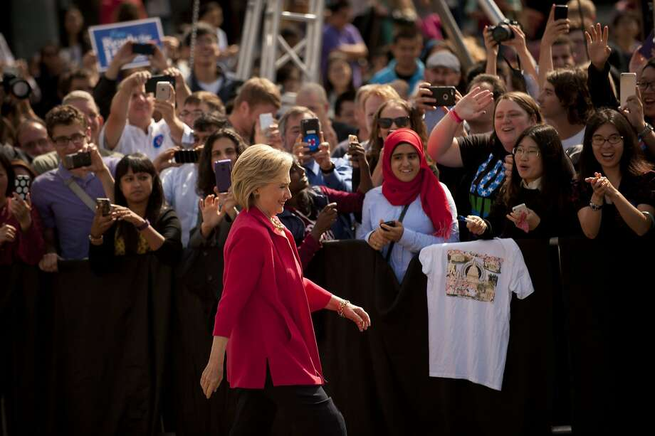 CLEVELAND, OH - AUGUST 27:  Democratic presidential candidate and former U.S. Secretary of State Hillary Clinton speaks to guests gathered for a campaign meeting on the campus of Case Western Reserve University on August 27, 2015 in Cleveland, Ohio. Clinton made her first official campaign stop in Ohio.     (Photo by Jeff Swensen/Getty Images) *** BESTPIX *** Photo: Jeff Swensen