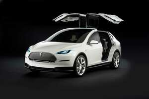 Tesla reveals new photos, new details of Model X SUV - Photo