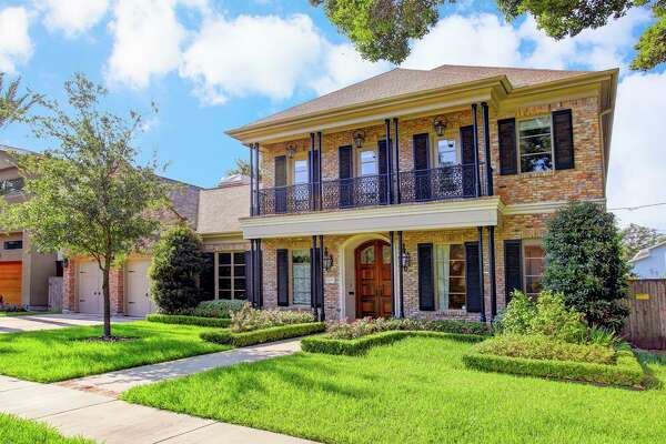 New Orleans estate property in Houston's Highland Village.    4015 Chatham  : $1,899,000 / 4,934 square feet