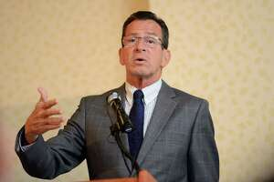 Malloy in Somers Friday morning to highlight large-scale solar - Photo