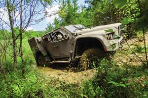U.S. Army has picked this vehicle to replace the Humvee - Photo