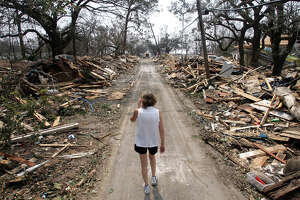 10-hour walk in Saratoga for 10th anniversary of Katrina - Photo