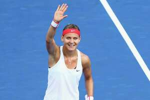 Safarova survives lucky Tsurenko, into Connecticut Open final - Photo