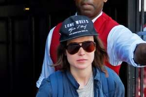 Ellen Page inspired to come out by Russian punk band - Photo