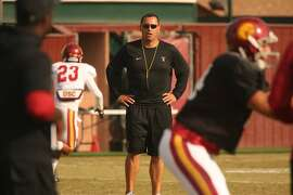 USC football coach Steve Sarkisian during practice on campus in Los Angeles on Tuesday, Aug. 25, 2015. (Al Seib/Los Angeles Times/TNS)