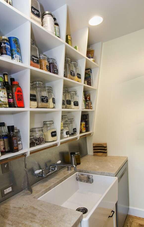 Rockridge kitchen tour in oakland san francisco chronicle for Kitchen design oakland