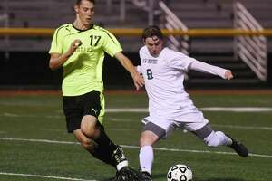Barlow boys shooting for third SWC soccer title in last four years - Photo