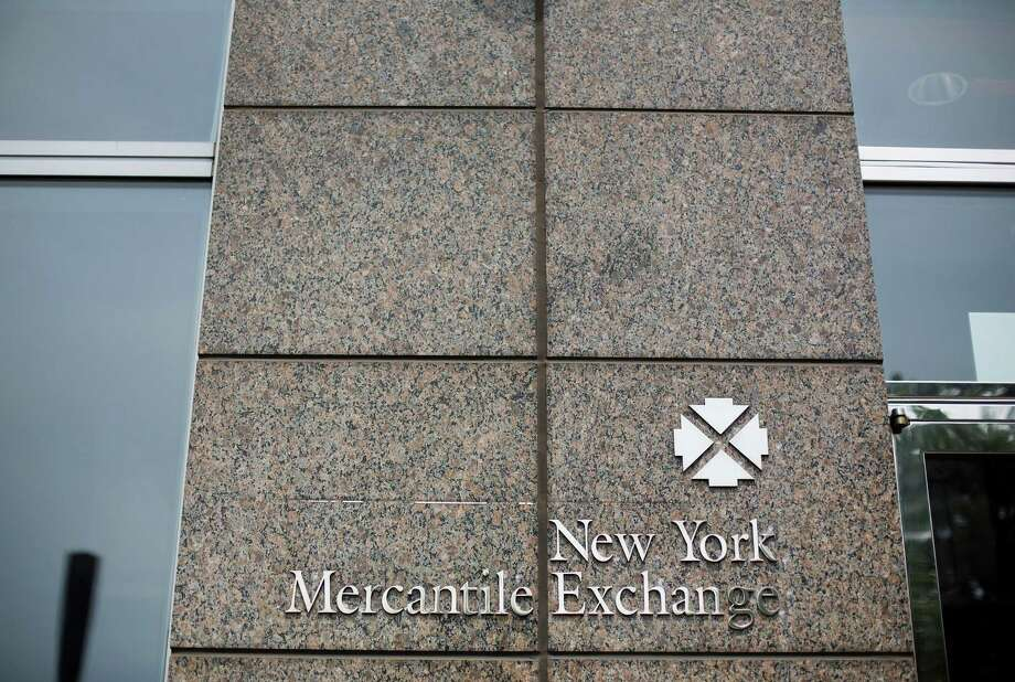 U.S. crude fell $1.29 to $44.63 a barrel Friday on the New York Mercantile Exchange. (Victor J. Blue/Bloomberg) Photo: Victor J. Blue / © 2013 Bloomberg Finance LP