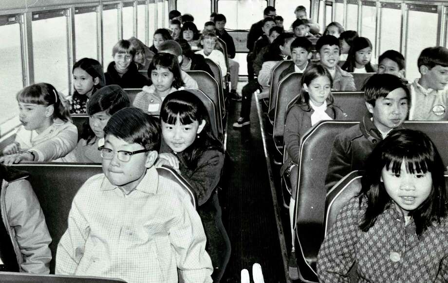 A busload of children heads to Lafayette School in September 1970. Photo: Joe Rosenthal / Joe Rosenthal / The Chronicle 1970 / ONLINE_YES