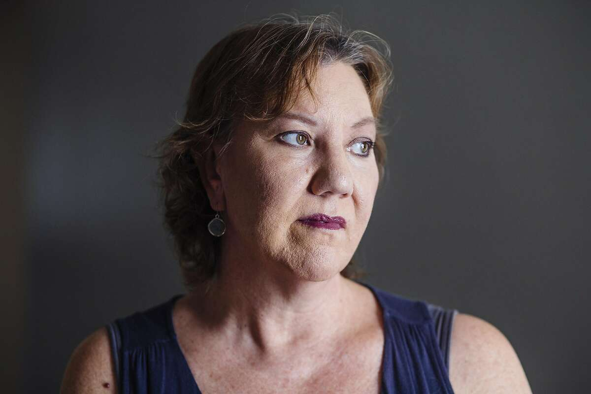 Christy O'Donnell poses for a portrait in her home in Valencia, California August 28, 2015. She has cancer and wants to have the right to choose how she dies. (Photo by Kendrick Brinson)