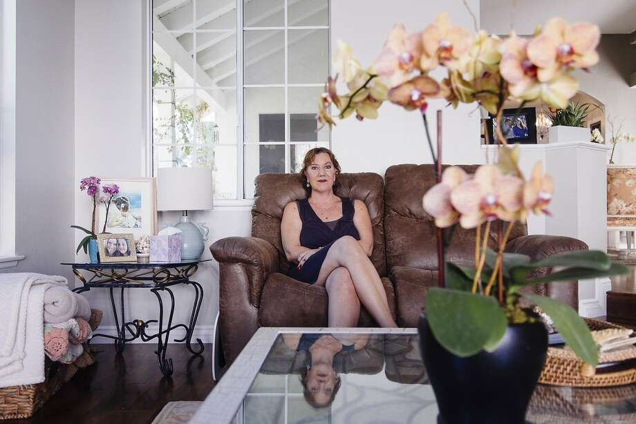 Christy O'Donnell poses for a portrait in her home in Valencia, California August 28, 2015. She has cancer and  wants to have the right to choose how she dies. (Photo by Kendrick Brinson) Photo: Kendrick Brinson