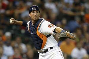 Astros catcher Jason Castro hurt, removed from game - Photo