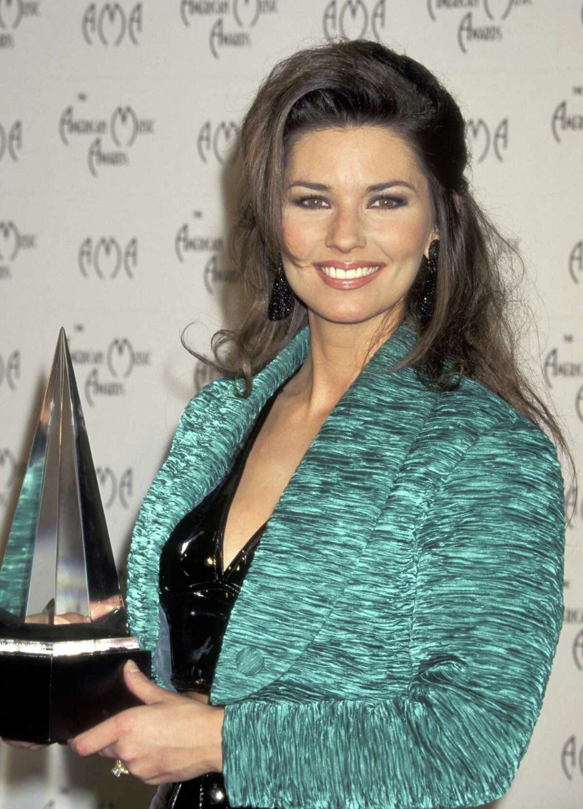 Shania Twain during the American Music Awards in Los Angeles, 1996.