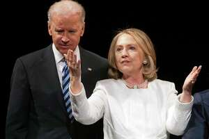 Clinton works to send Biden a message - Photo