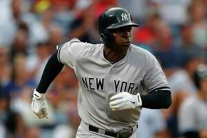 Yankees shake slump with a rout - Photo
