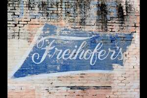 Bye-bye Trading Port / Freihofer's ghost sign… - Photo
