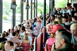 Travers dining table scalpers end up empty-handed - Photo