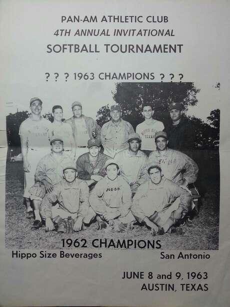 A city championship softball team sponsored by Hippo Soda. Photo: Courtesy Photo /Noah Rodriguez