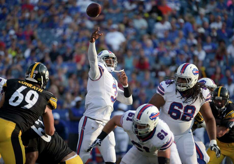 Buffalo Bills quarterback EJ Manuel (3) passes for a touchdown against the Pittsburgh Steelers during the second half of a preseason NFL football game Saturday, Aug. 29, 2015, in Orchard Park, N.Y. (AP Photo/Gary Wiepert)  ORG XMIT: NYMG124 Photo: Gary Wiepert / FR170498 AP
