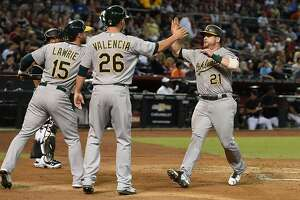Stephen Vogt comes through in Oakland A's win at Arizona - Photo