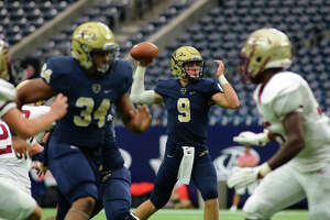Klein Oak, Klein Collins victorious in NRG Stadium doubleheader - Photo