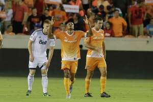 Clark's timely scoring burst nets Dynamo much-needed win - Photo