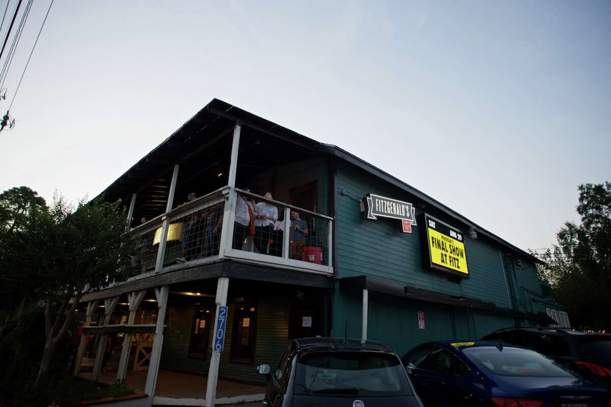 Fitzgerald's 2706 White Oak (@ Studemont) Houston, TX 77007 Notable acts: Stevie Ray Vaughan, NOFX, Sonic Youth