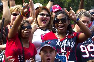 Photos: Texans fans make trip to New Orleans - Photo
