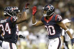 Texans roll past Saints in third preseason game - Photo