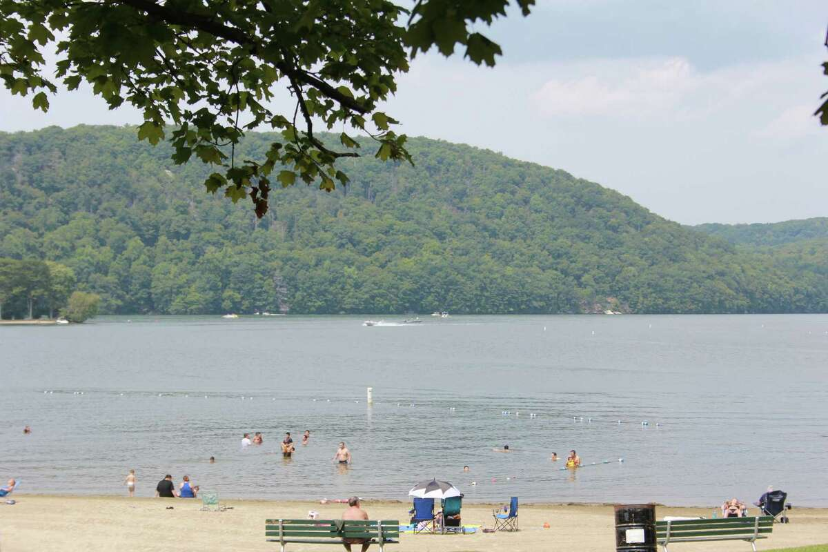 Candlewood Lake Town Park, Danbury Labor Day - Memorial Day