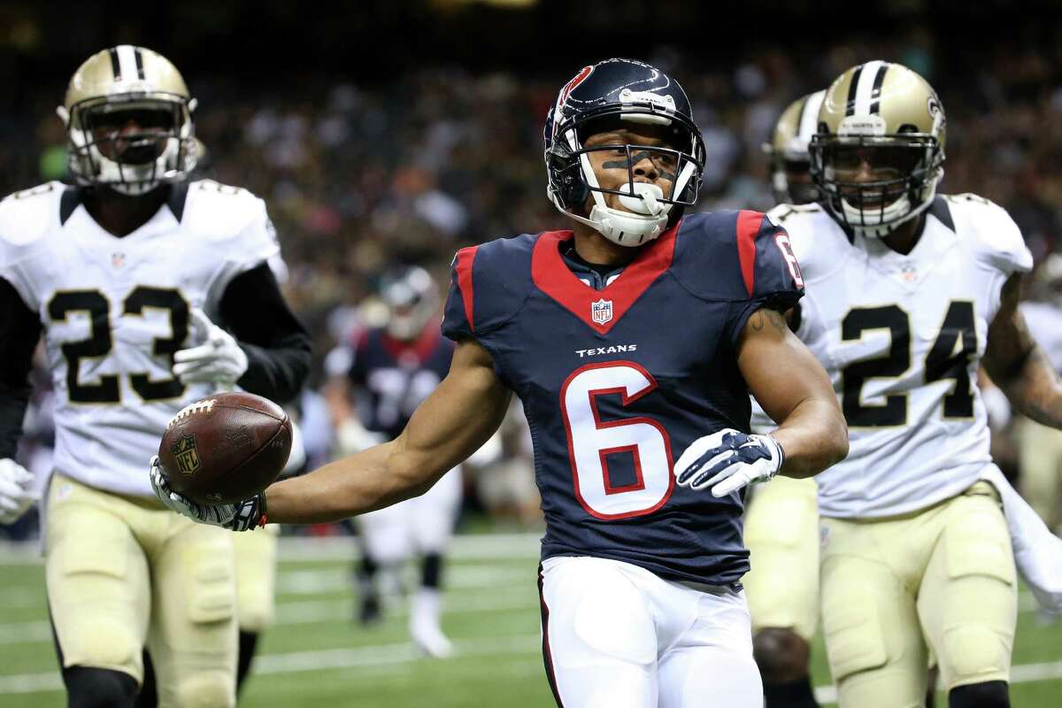 NEW ORLEANS, LA - AUGUST 30: Chandler Worthy #6 of the Houston Texans scores a touchdown against the New Orleans Saints at the Mercedes-Benz Superdome on August 30, 2015 in New Orleans, Louisiana. (Photo by Chris Graythen/Getty Images)