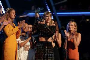 Find out who won, who lost at this year's VMAs - Photo