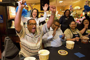 Photos: Texans celebrate Blue Bell's return to stores - Photo