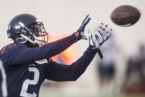 Texans cut wide receiver Jace Davis, defensive lineman Chris Neild - Photo