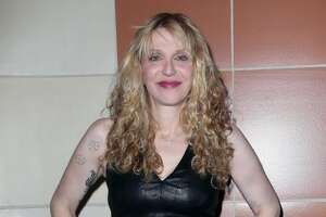 Courtney Love faces second damages bill for online row - Photo