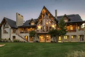 Vacation dream homes in Texas small towns - Photo