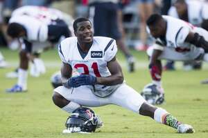 Texans CB Charles James making a name for himself on all sides of ball - Photo