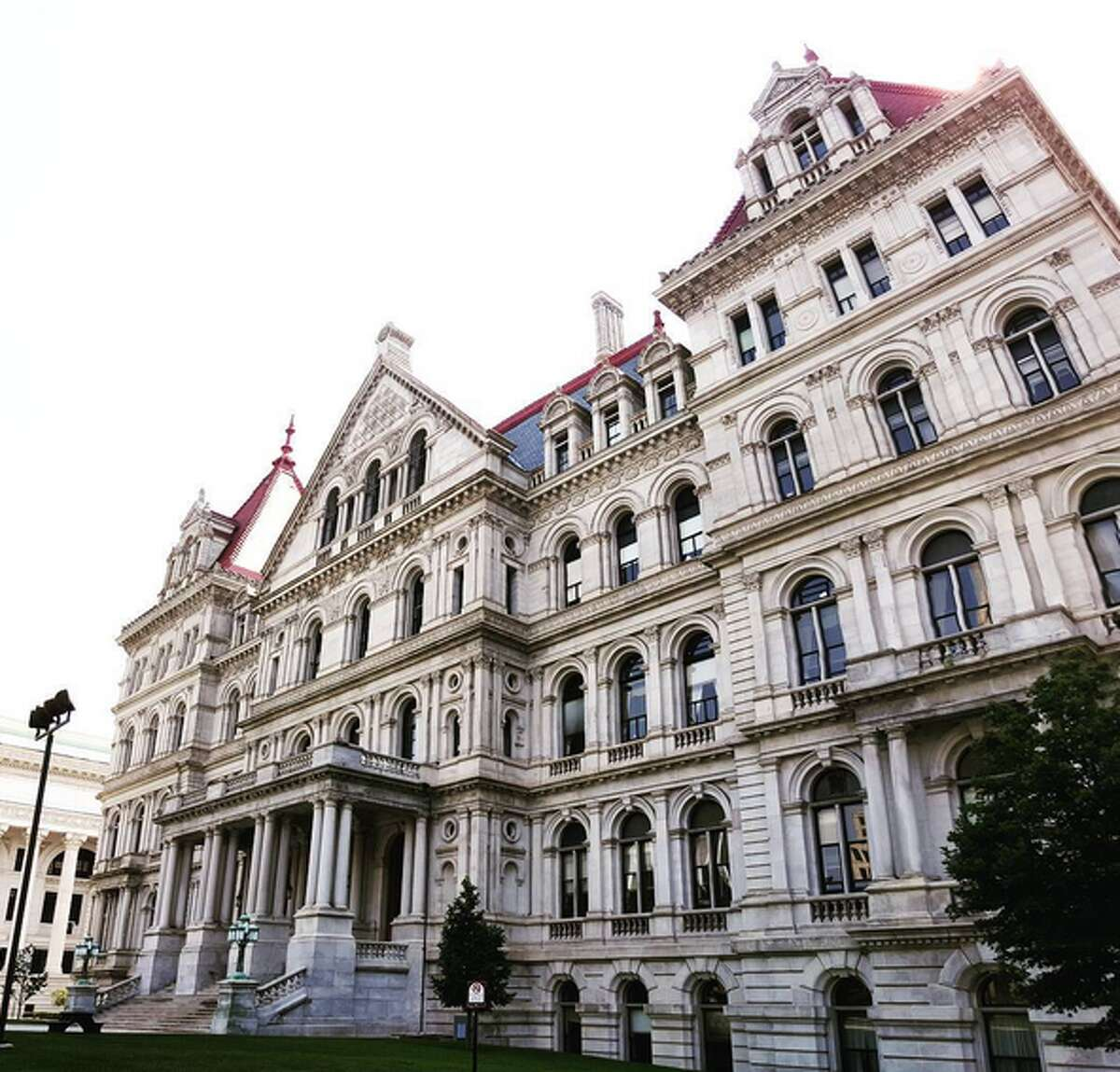 New York State Capitol. Photo credit: @elisebeth.jpg