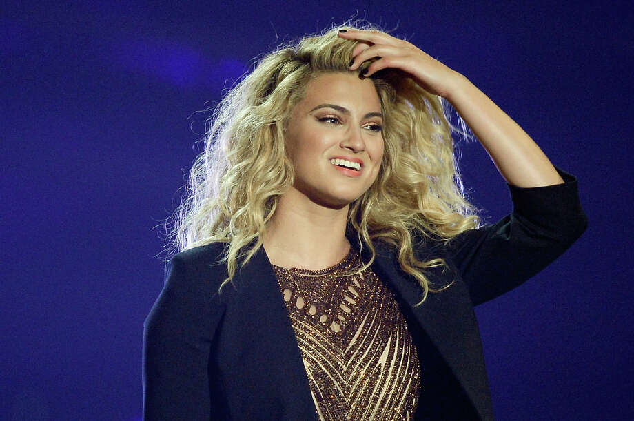 LOS ANGELES, CA - AUGUST 30:  Recording artist Tori Kelly performs onstage during the 2015 MTV Video Music Awards at Microsoft Theater on August 30, 2015 in Los Angeles, California. Photo: Kevork Djansezian, Getty Images / 2015 Getty Images