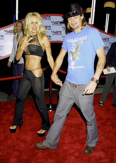 2001 Pamela Anderson Kid Rock Photo