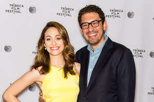 Emmy Rossum engaged - Photo
