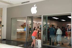 Apple's Crossgates store among first to get new design - Photo