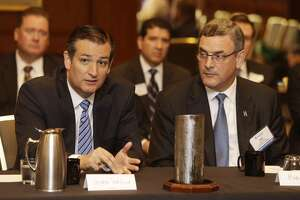 Cruz blames Obama in deputy's killing - again - Photo